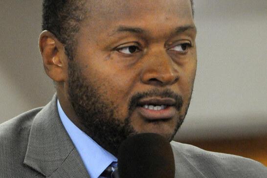 VIDEO: Boston NAACP Pres. Michael Curry on Politics & Grits (Boston Praise Radio)