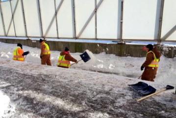 Boston Using Prison Labor to Shovel Out